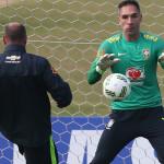 Preparador de goleiros da Seleção Olímpica, Rogério Maia explica detalhes desde o corte de Prass até o pênalti salvo contra a Alemanha