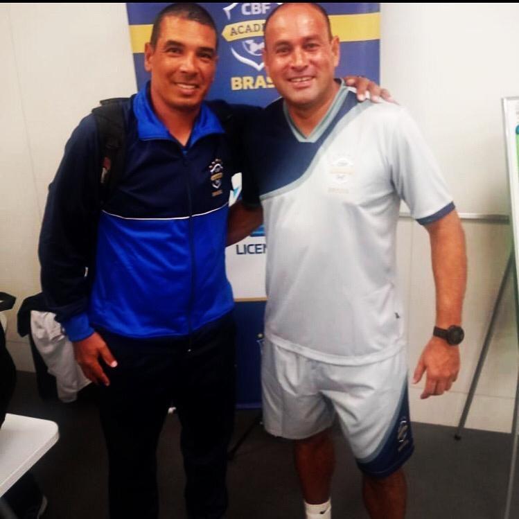 Curso da CBF licença A com Lopez treinador de goleiros