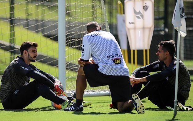 Atlético: 'Nossos goleiros estão dando uma resposta muito boa', afirma Rogério Maia