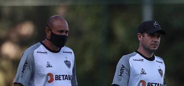 Preparadores de goleiros Rogério Maia e Danilo Minutti.
