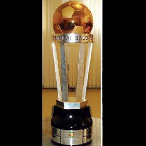 Troféu do Tri Campeonato Estadual Gaúcho 2013.